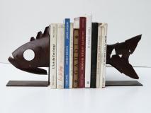 Peix, aguanta llibres